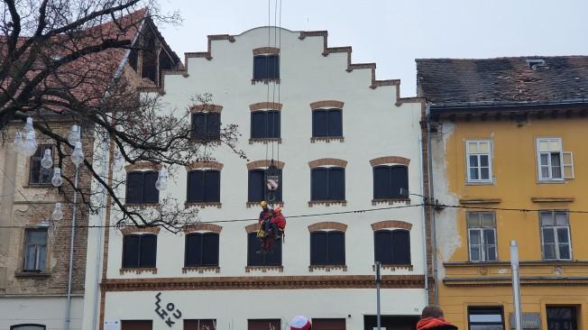 U potresu oštećene Holandska kuća i kuća Striegl